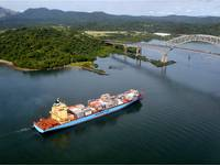 Maersk Line in the Panama Canal (Source: A.P. Moller - Maersk)